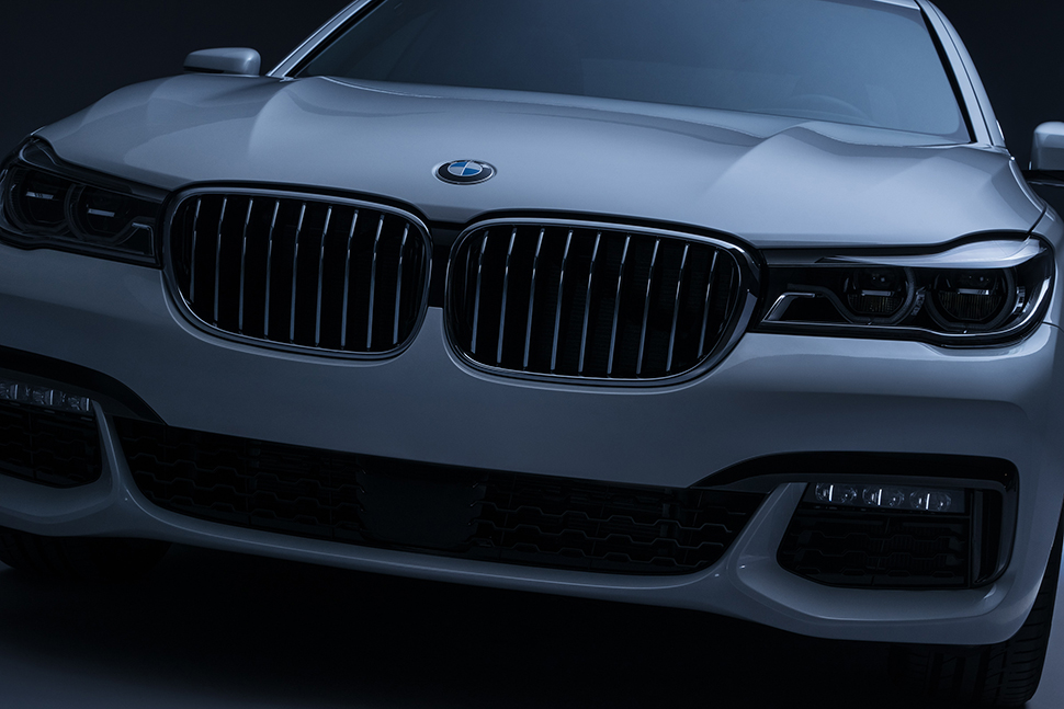 20150929_SAF_Intersection_BMW7_15-08_DSC7641_V9_sRGB_2400px